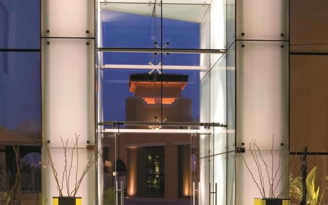 Traders Hotel Qaryat Al Beri Abu Dhabi, by Shangri-la 1