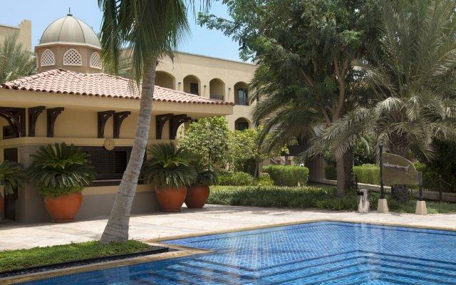 Shangri-La Hotel Apartments Qaryat Al Beri 0