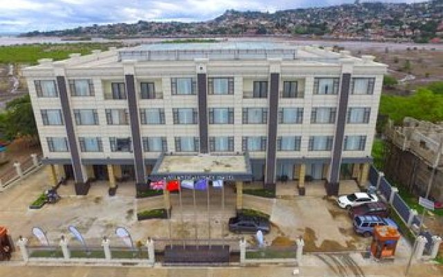 Отель Atlantic Lumley Hotel Сьерра-Леоне, Фритаун - отзывы, цены и фото номеров - забронировать отель Atlantic Lumley Hotel онлайн пляж