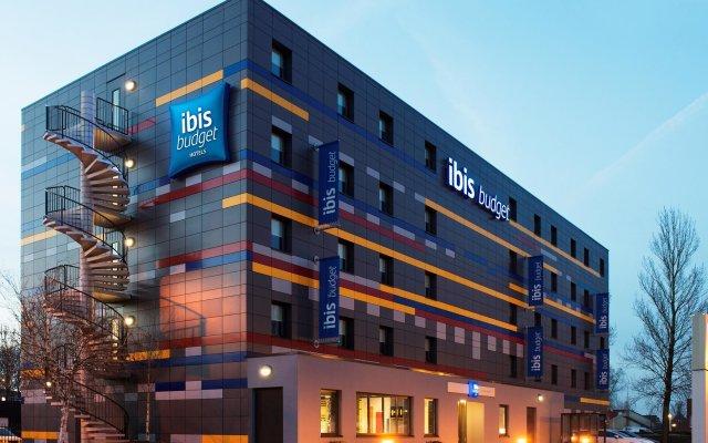 Отель ibis budget Amsterdam Zaandam вид на фасад