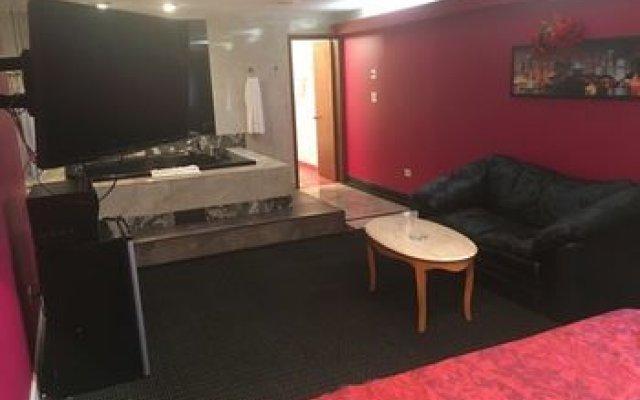 Midway Inn & Suites 1