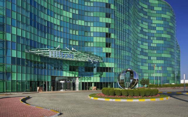 Millennium Al Rawdah Hotel 0