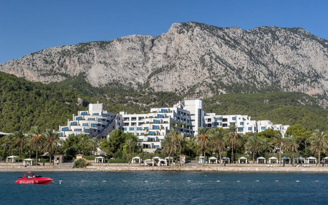 Отель Rixos Sungate - All Inclusive пляж