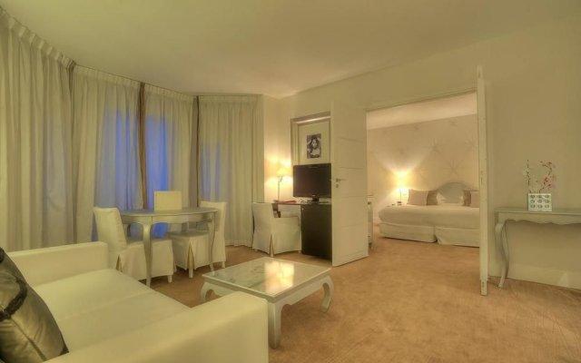 Hotel Renoir 2
