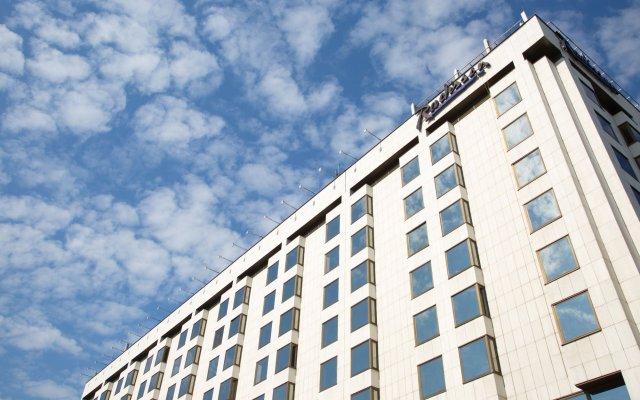 Гостиница Рэдиссон Славянская вид на фасад