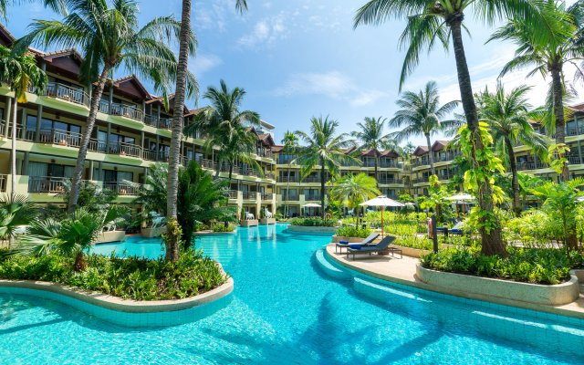 Отель Phuket Marriott Resort & Spa, Merlin Beach открытый бассейн