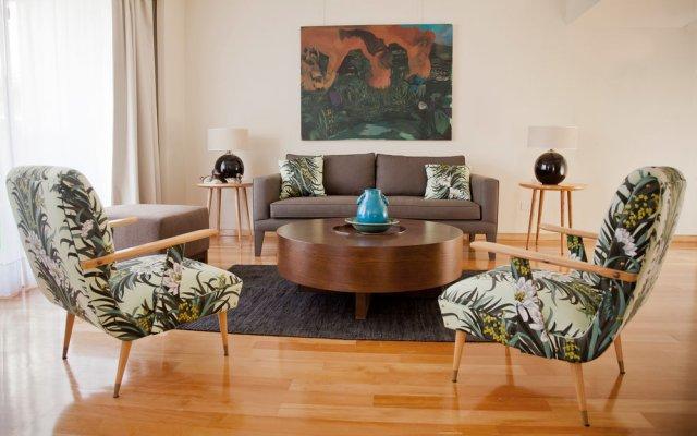 Art Suites & Gallery 2