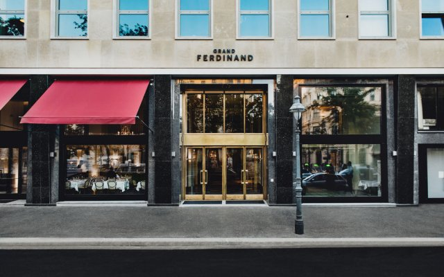 Grand Ferdinand Vienna - Your Hotel In The City Center вход в здание