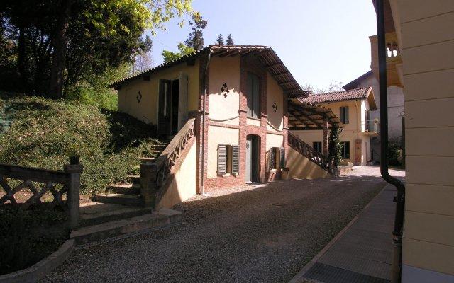 Отель Villa D'Azeglio Албьяно-д'Ивреа вид на фасад