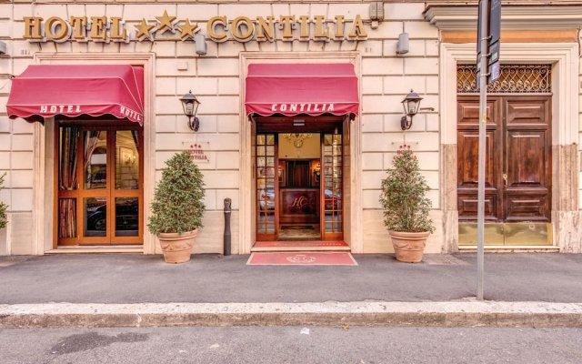 Hotel Contilia площадка для барбекю/пикника