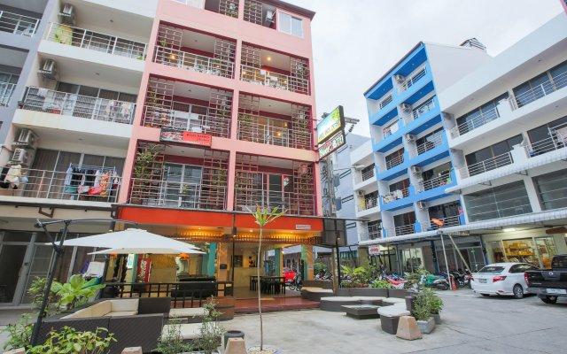 Отель Cool Sea House собственный двор