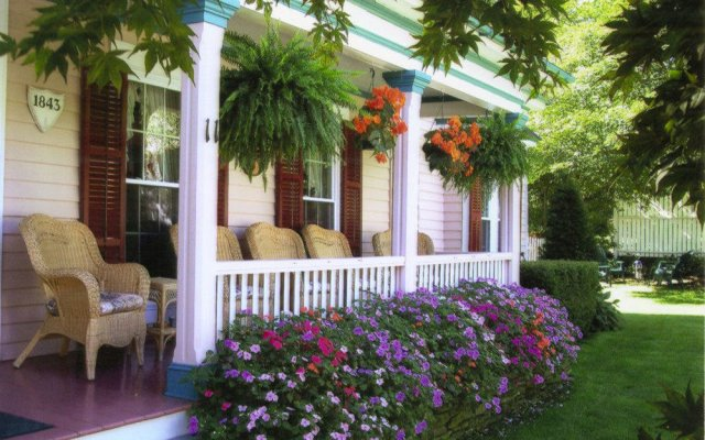 Blushing Rose Bed And Breakfast Watkins Glen United States Of