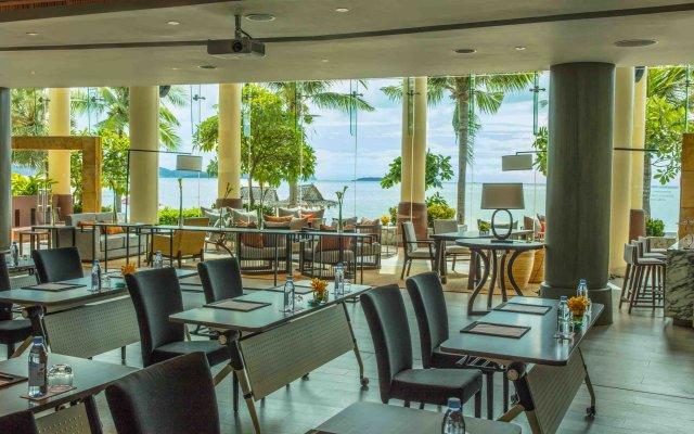 Отель Intercontinental Pattaya Resort Паттайя гостиничный бар
