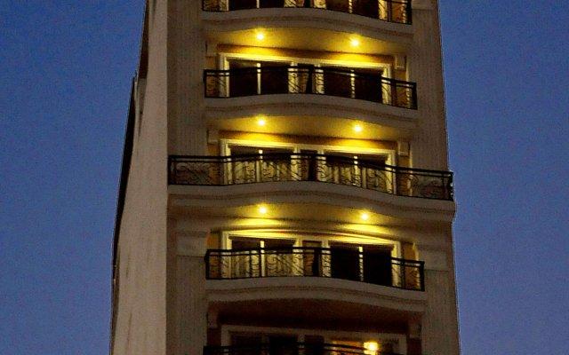 Begonia Nha Trang Hotel лобби