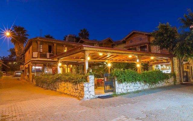 Hotel Villa Önemli вид на фасад