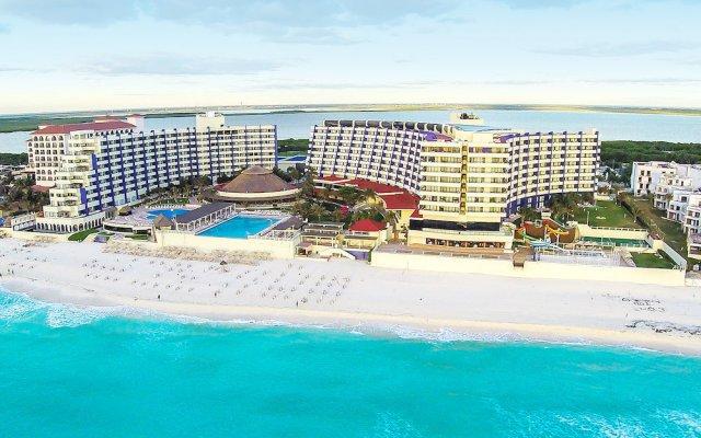 Отель Crown Paradise Club Cancun - Все включено Мексика, Канкун - 10 отзывов об отеле, цены и фото номеров - забронировать отель Crown Paradise Club Cancun - Все включено онлайн пляж