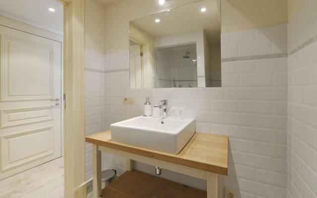 Отель Historisch Centrum Area Apartments Бельгия, Антверпен - отзывы, цены и фото номеров - забронировать отель Historisch Centrum Area Apartments онлайн ванная