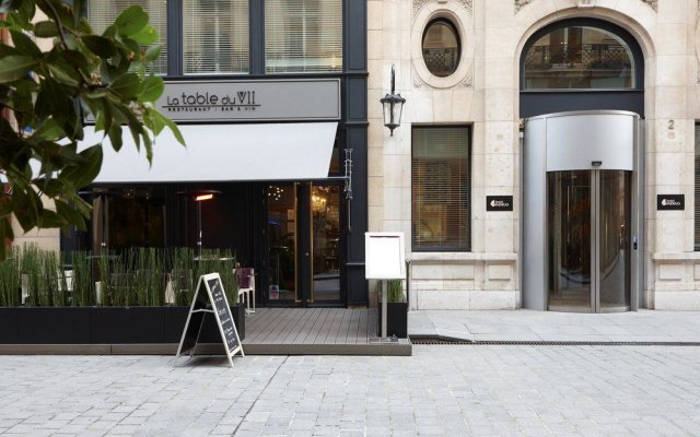 Hotel Indigo Paris Opera экстерьер