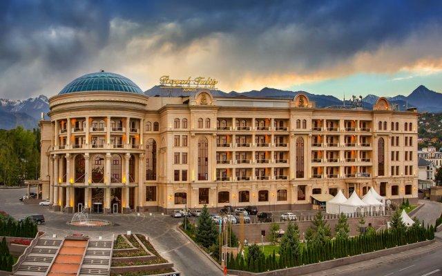 Гостиница Royal Tulip Almaty популярное изображение
