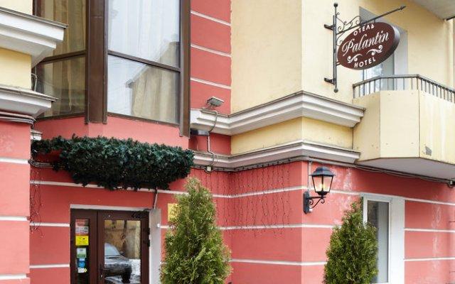 Гостиница Палантин вход в здание