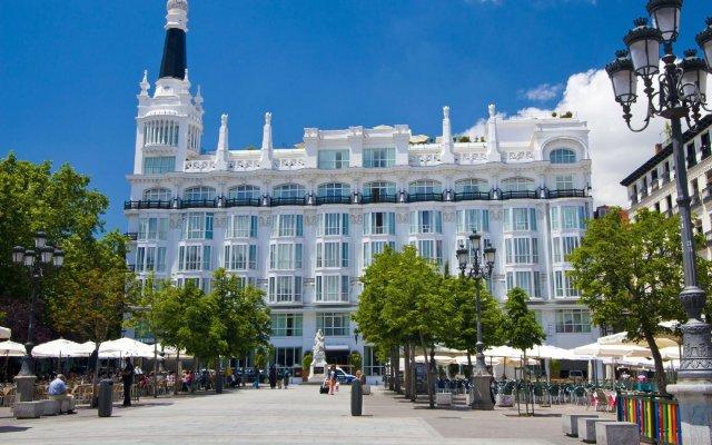 Отель ME Madrid Reina Victoria популярное изображение