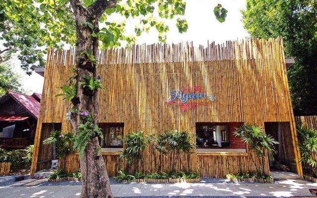 Отель Again at Naiharn Beach Resort киоск регистрации заезда/выезда