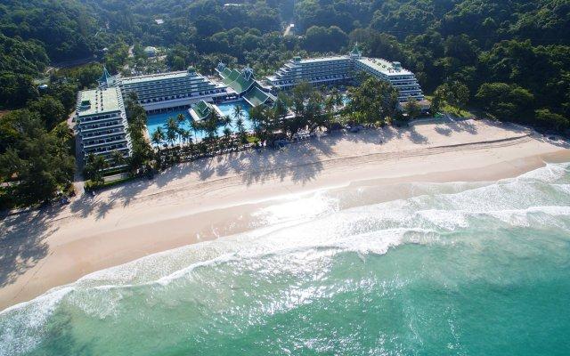 Отель Le Meridien Phuket Beach Resort популярное изображение