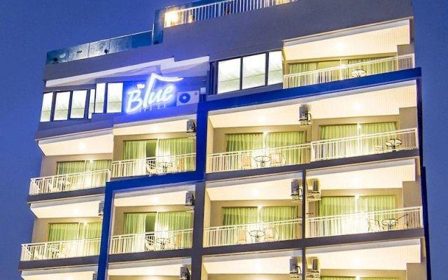 Отель The Blue экстерьер
