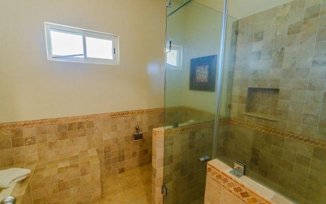 Отель Las Mañanitas LM F4202 2 Bedrooms 2 Bathrooms Condo Мексика, Сан-Хосе-дель-Кабо - отзывы, цены и фото номеров - забронировать отель Las Mañanitas LM F4202 2 Bedrooms 2 Bathrooms Condo онлайн ванная