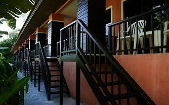 Отель The Hill Resort экстерьер