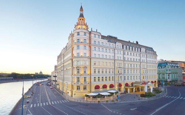 Гостиница Балчуг Кемпински Москва вид на фасад