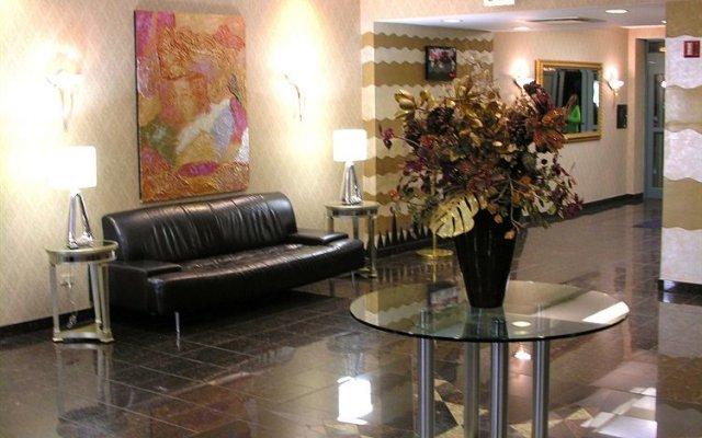 Chicago O\'Hare Garden Hotel 0