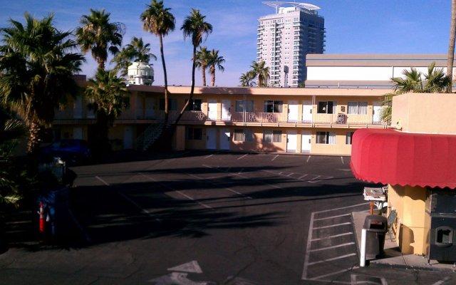 Отель On The Vegas Boulevard Hotel Las Vegas США, Лас-Вегас - отзывы, цены и фото номеров - забронировать отель On The Vegas Boulevard Hotel Las Vegas онлайн парковка