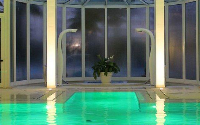 Отель Universal Terme Италия, Абано-Терме - 6 отзывов об отеле, цены и фото номеров - забронировать отель Universal Terme онлайн вид на фасад