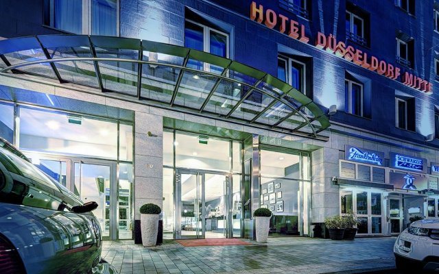 hotel d sseldorf mitte dusseldorf germany zenhotels. Black Bedroom Furniture Sets. Home Design Ideas