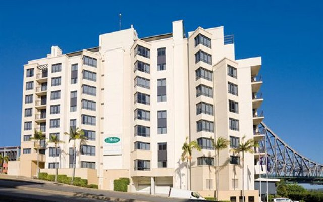 Oakwood Hotel & Apartments