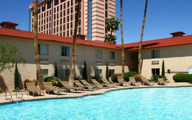 Palace Station Hotel And 2411 W Sahara Ave Las Vegas 3400m From The City Center