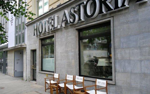 Отель Astoria Hotel Berlin Германия, Берлин - 1 отзыв об отеле, цены и фото номеров - забронировать отель Astoria Hotel Berlin онлайн вид на фасад