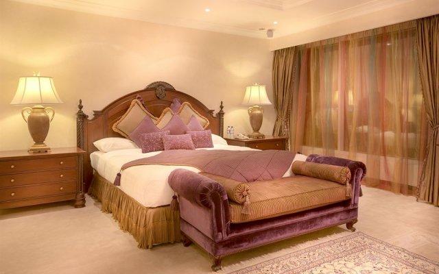 Corniche Hotel Abu Dhabi 2