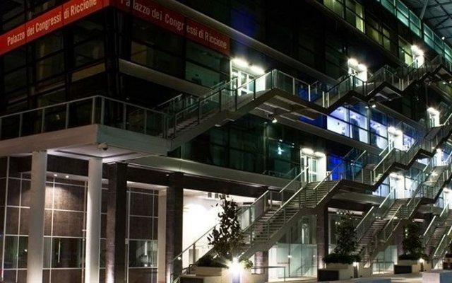 Отель President Италия, Риччоне - отзывы, цены и фото номеров - забронировать отель President онлайн вид на фасад