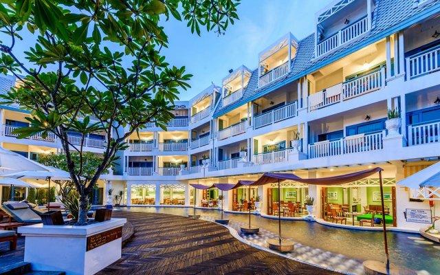 Andaman Seaview Hotel вид на фасад