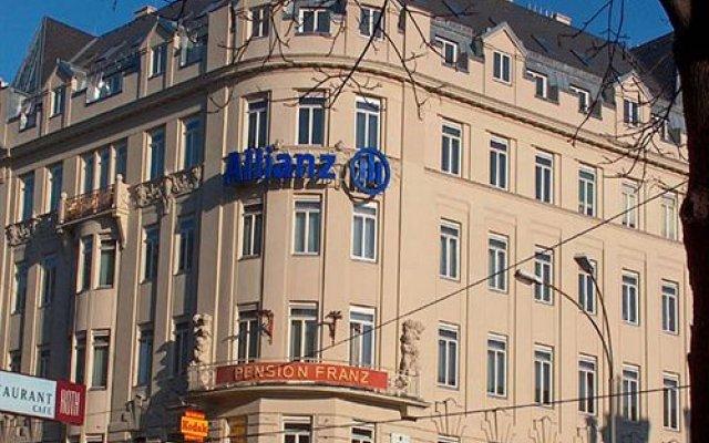 Отель Pension Franz Австрия, Вена - отзывы, цены и фото номеров - забронировать отель Pension Franz онлайн вид на фасад