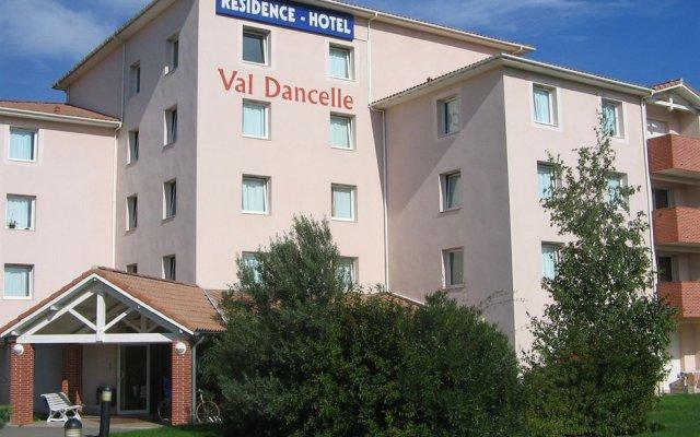 Отель Nemea Apparthotel Val Dancelle Франция, Сен-Жан - отзывы, цены и фото номеров - забронировать отель Nemea Apparthotel Val Dancelle онлайн вид на фасад