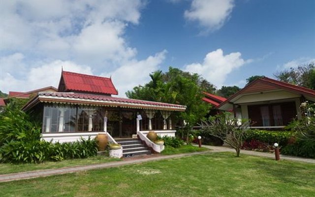 Buri Beach Resort (Former BestWestern Phanganburi)