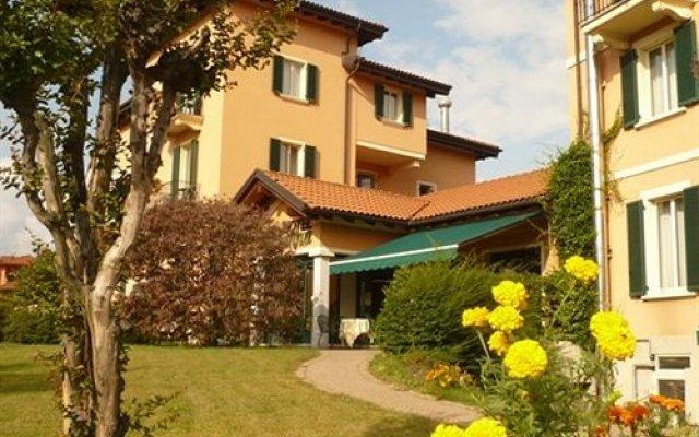 Отель Santanna Италия, Вербания - отзывы, цены и фото номеров - забронировать отель Santanna онлайн вид на фасад