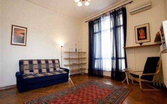 Гостиница Pushkin Square комната для гостей