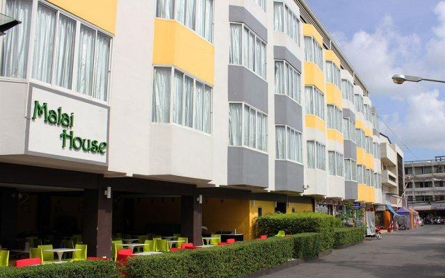 Отель Malai House вид на фасад