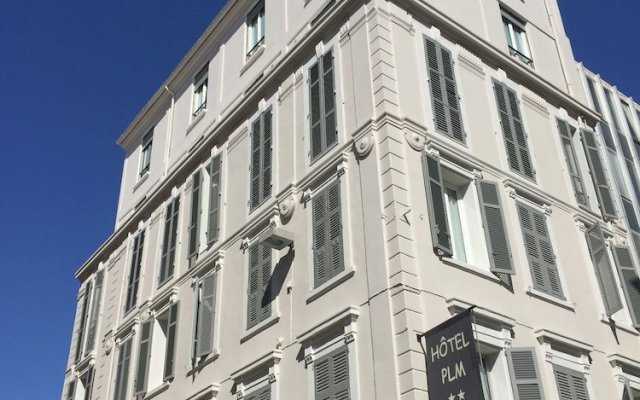 Hôtel P.L.M. 0