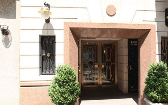 Отель Sutton Court Hotel Residences США, Нью-Йорк - отзывы, цены и фото номеров - забронировать отель Sutton Court Hotel Residences онлайн вид на фасад