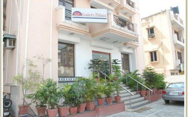 Отель Gaiety Palace Индия, Нью-Дели - отзывы, цены и фото номеров - забронировать отель Gaiety Palace онлайн вид на фасад